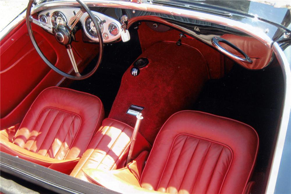 1956 AUSTIN-HEALEY 100-4 BN2 ROADSTER - Interior - 112823