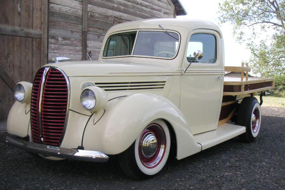 1938 FORD CUSTOM FLATBED WOODY TRUCK - Front 3/4 - 112825