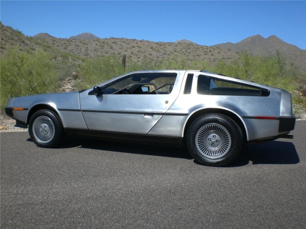 1982 DELOREAN DMC-12 GULLWING - Side Profile - 112831