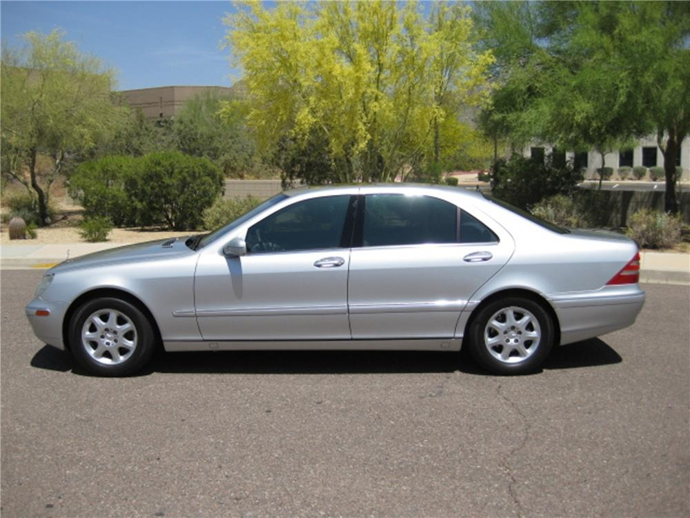 2000 MERCEDES-BENZ S500 4 DOOR SEDAN - Front 3/4 - 112832