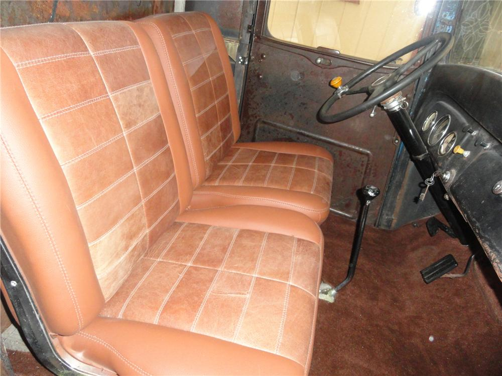 1935 CHEVROLET CUSTOM PICKUP - Interior - 112842