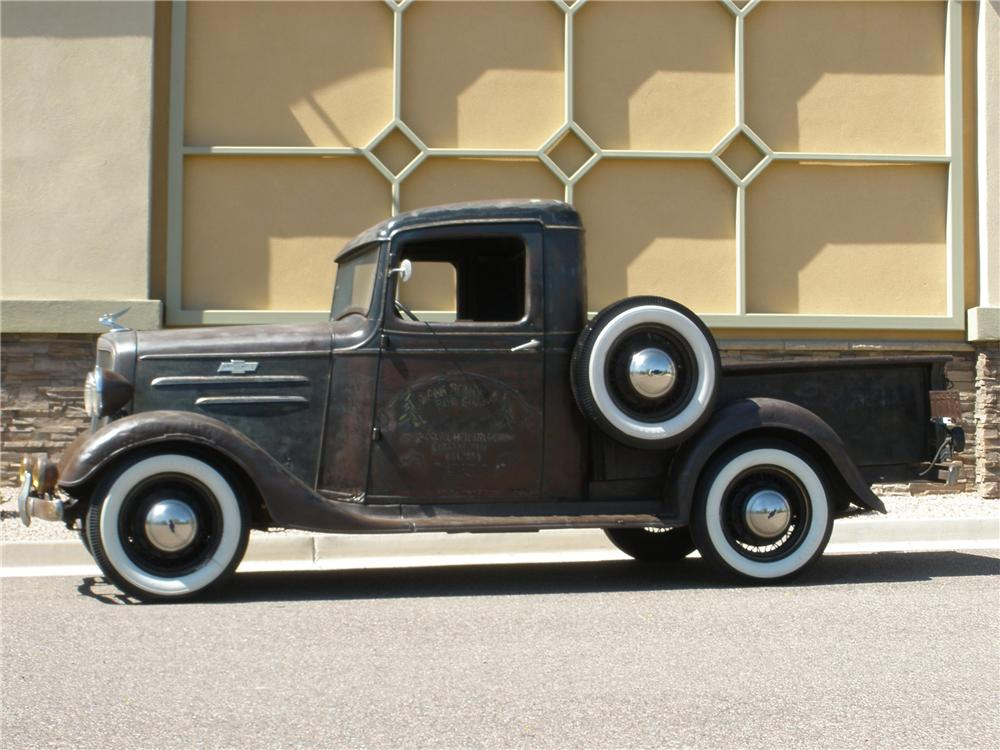 1935 CHEVROLET CUSTOM PICKUP - Side Profile - 112842