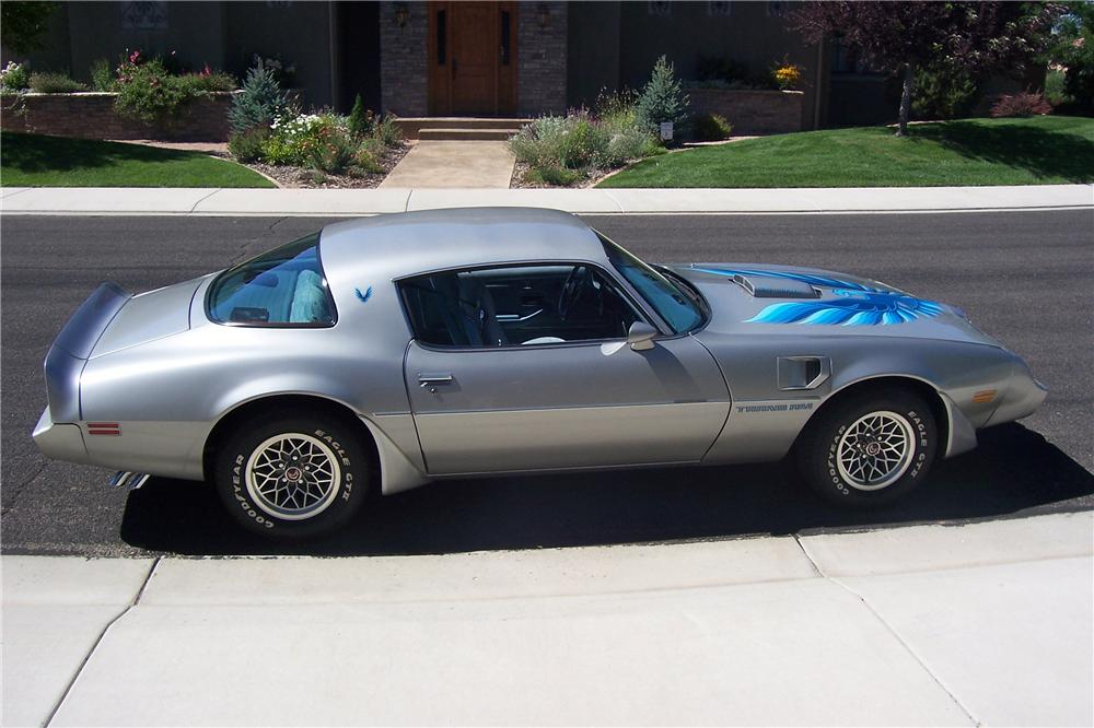 1979 PONTIAC TRANS AM 2 DOOR COUPE - Side Profile - 112857