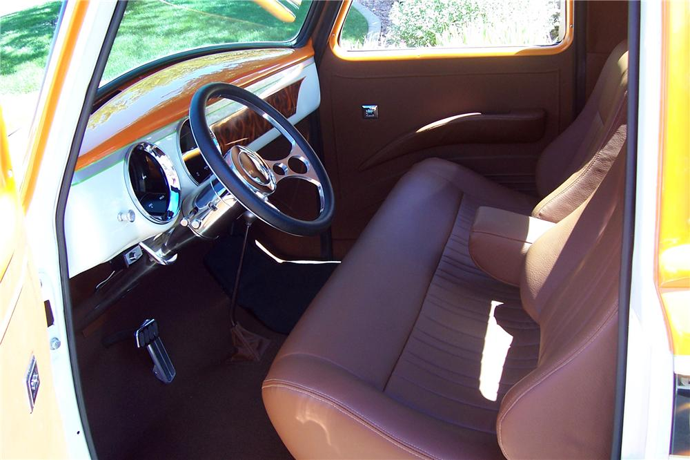 1954 CHEVROLET 3600 CUSTOM PICKUP - Interior - 112858