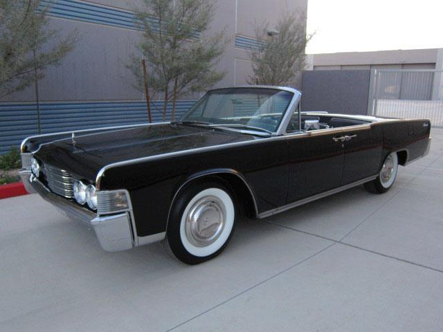 1965 LINCOLN CONTINENTAL 4 DOOR CONVERTIBLE - Front 3/4 - 112864