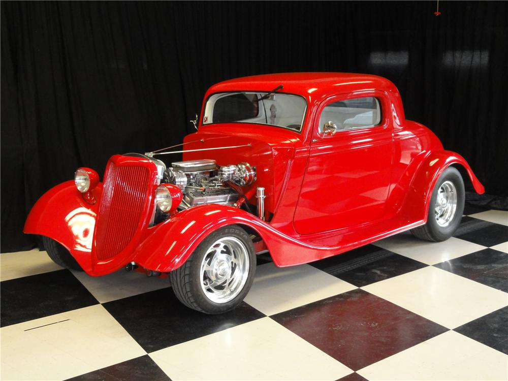 1934 FORD CUSTOM 2 DOOR COUPE - Front 3/4 - 112873