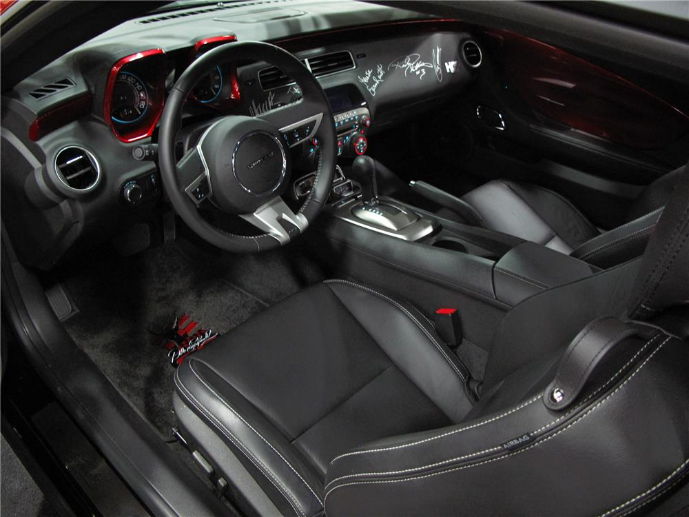 2010 CHEVROLET CAMARO 2SS DALE EARNHARDT LIMITED EDITION - Interior - 112884