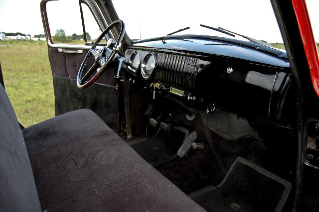 1954 CHEVROLET 3100 PICKUP - Interior - 112896