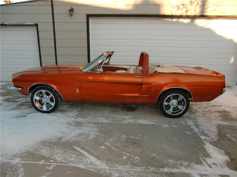 1968 FORD MUSTANG CUSTOM CONVERTIBLE - Side Profile - 112915