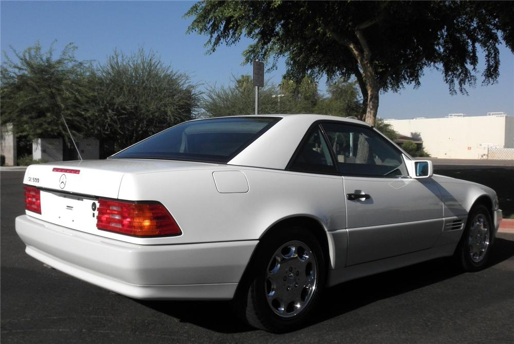 1995 MERCEDES-BENZ SL500 CONVERTIBLE - Rear 3/4 - 112946