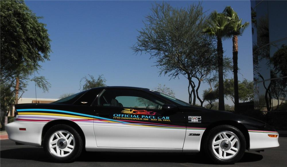 1993 CHEVROLET CAMARO INDY PACE CAR 2 DOOR COUPE - Side Profile - 112947