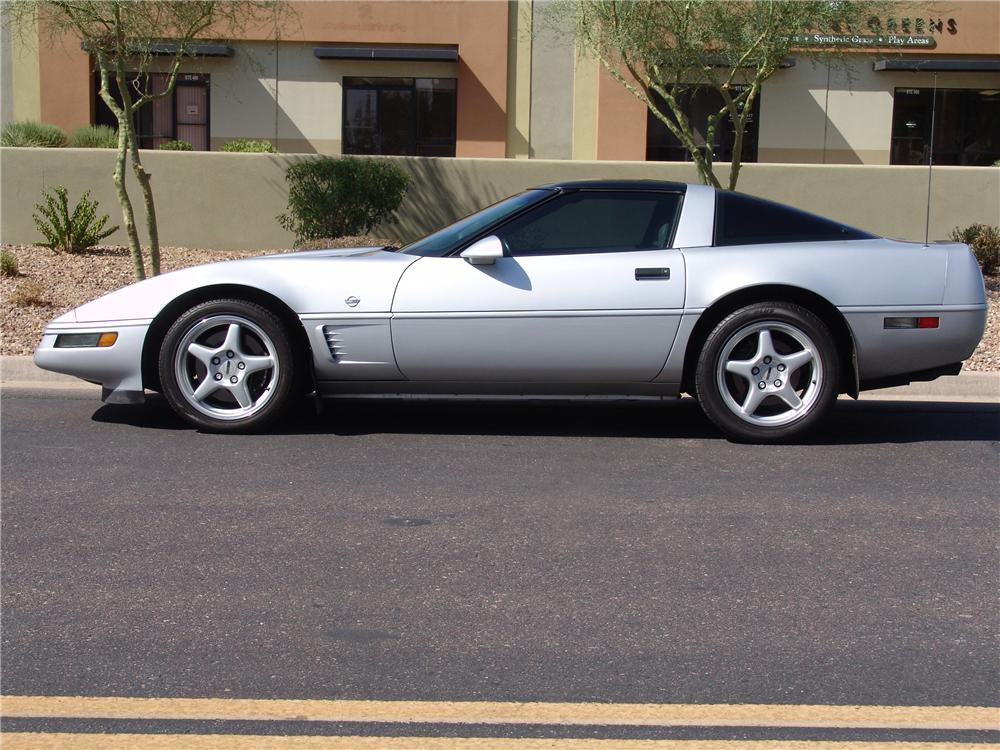 1996 CHEVROLET CORVETTE COLLECTORS EDITION COUPE - Side Profile - 112967