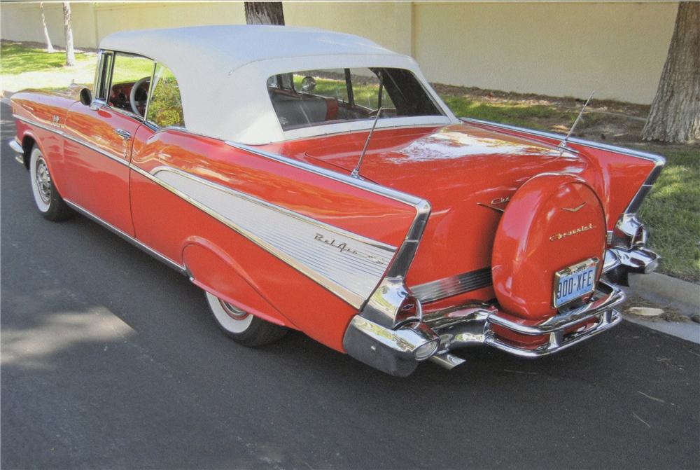 1957 CHEVROLET BEL AIR CUSTOM CONVERTIBLE - Rear 3/4 - 112990
