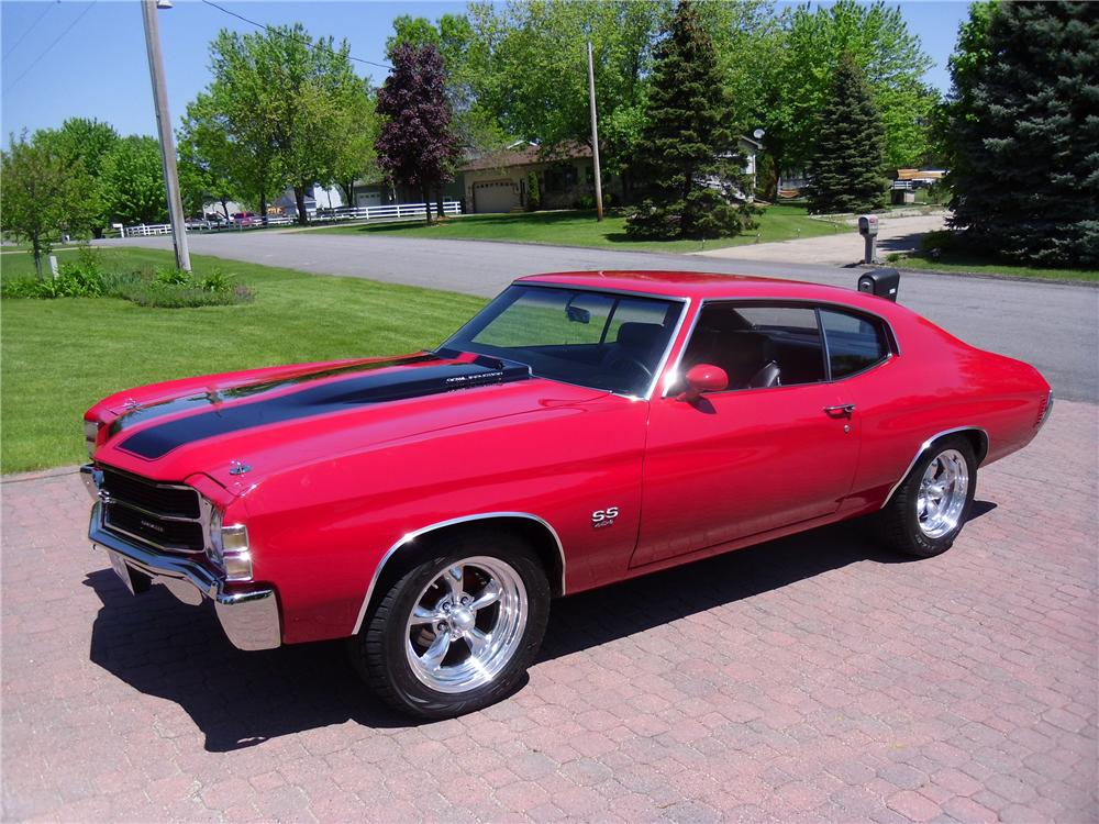 1971 CHEVROLET CHEVELLE CUSTOM COUPE - Front 3/4 - 113022