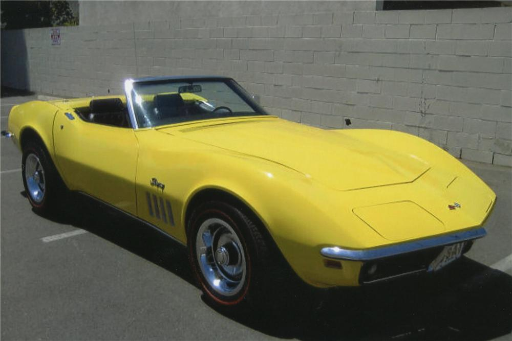 1969 CHEVROLET CORVETTE CONVERTIBLE - Front 3/4 - 113024