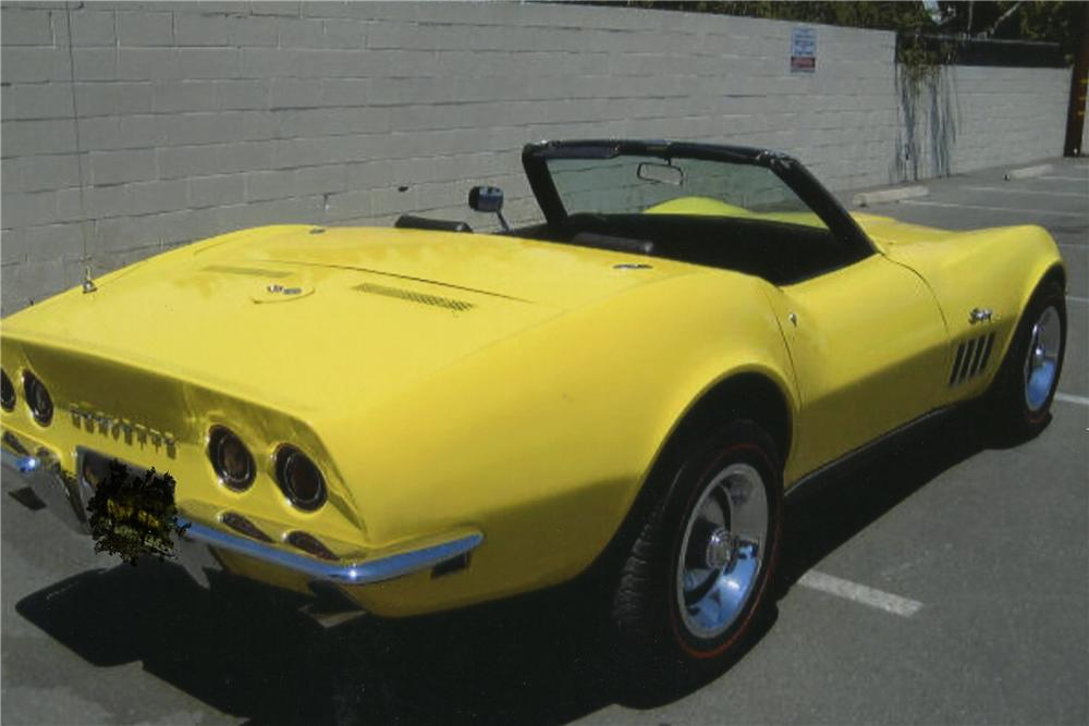 1969 CHEVROLET CORVETTE CONVERTIBLE - Rear 3/4 - 113024