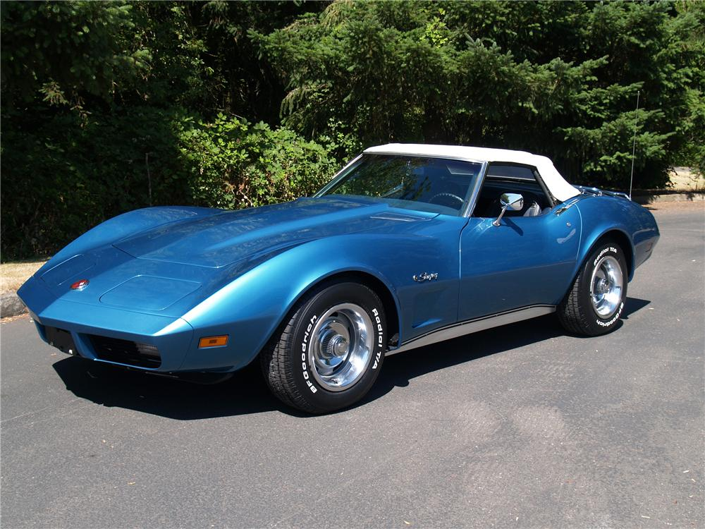 1974 CHEVROLET CORVETTE CONVERTIBLE - Front 3/4 - 113040