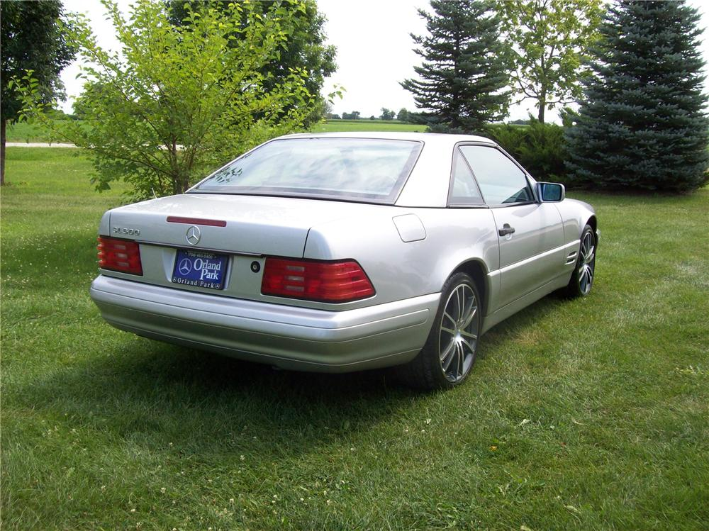1998 MERCEDES-BENZ SL500 ROADSTER - Rear 3/4 - 113059