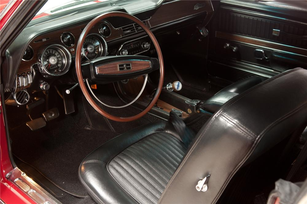 1968 SHELBY GT350 FASTBACK - Interior - 113070