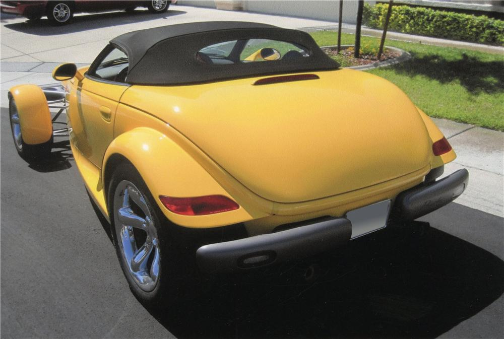 1999 PLYMOUTH PROWLER CONVERTIBLE - Rear 3/4 - 113071