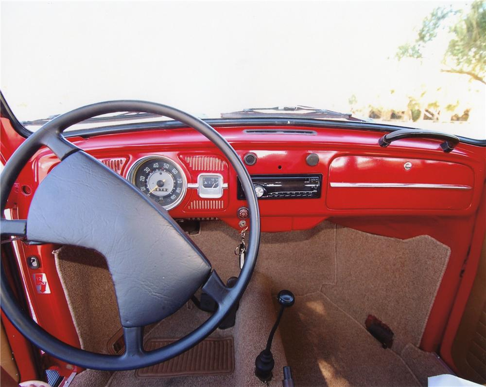 1967 VOLKSWAGEN BEETLE 2 DOOR SEDAN - Interior - 113077
