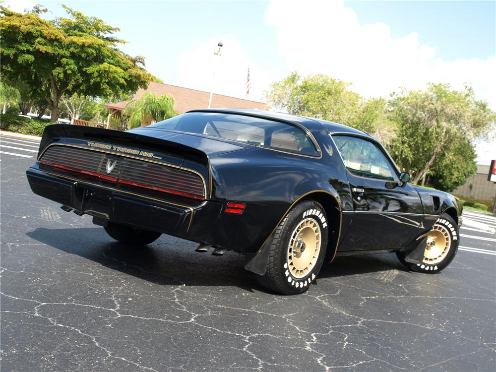 1981 PONTIAC FIREBIRD TRANS AM COUPE - Rear 3/4 - 113091