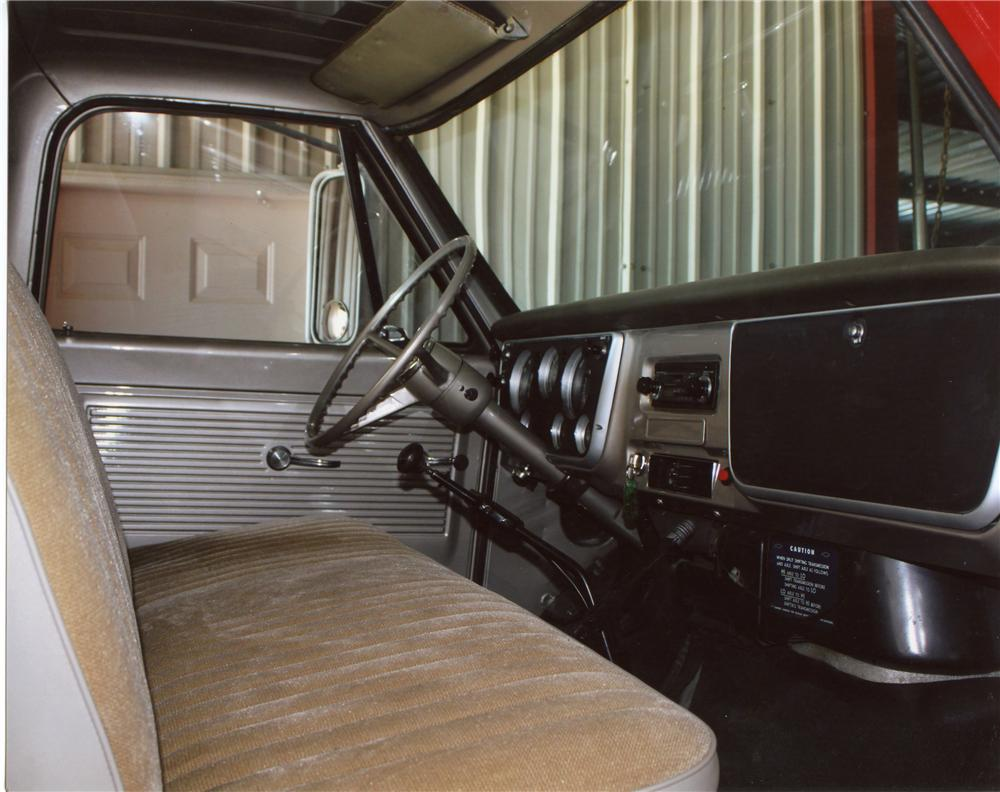 1967 CHEVROLET C-50 CUSTOM PICKUP - Interior - 113094