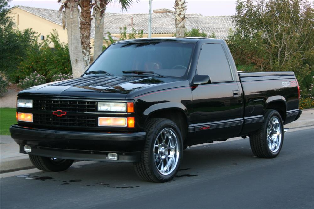 1990 CHEVROLET 454SS CUSTOM PICKUP - Front 3/4 - 113096