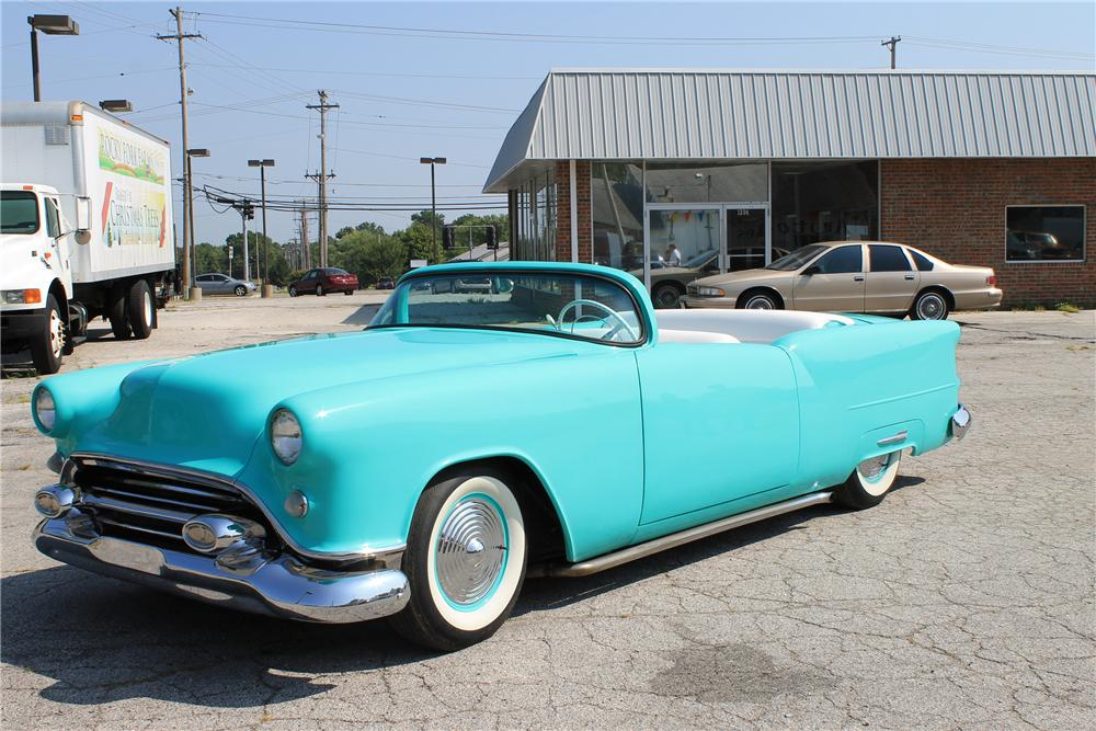 1954 OLDSMOBILE HOLIDAY CUSTOM ROADSTER - Front 3/4 - 113104