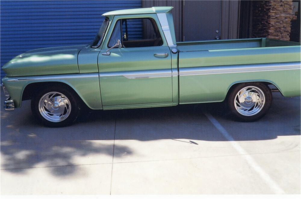 1966 CHEVROLET PICKUP - Side Profile - 113110