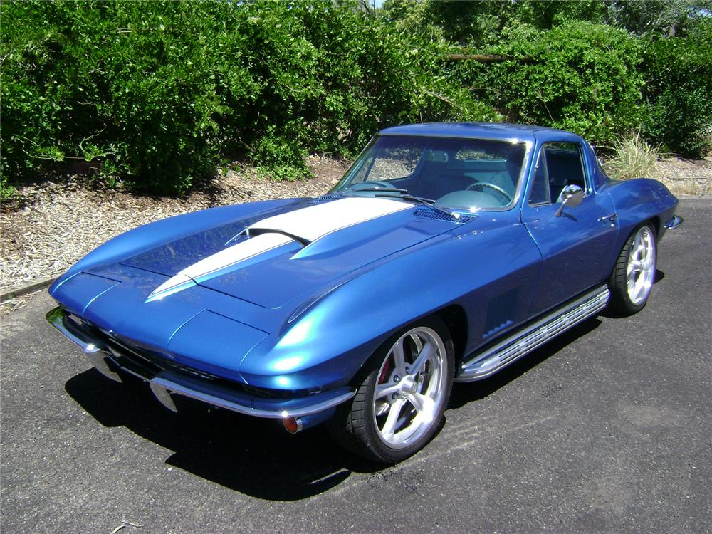 1966 CHEVROLET CORVETTE 2 DOOR CUSTOM COUPE - Front 3/4 - 113116