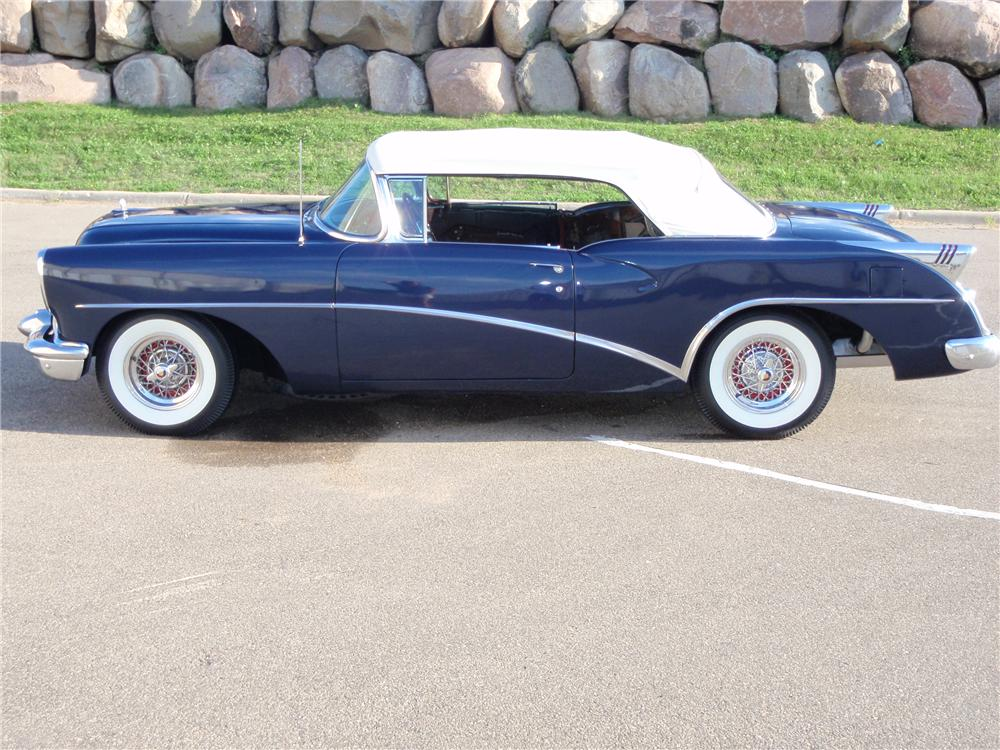 1954 BUICK SKYLARK CONVERTIBLE - Side Profile - 113121