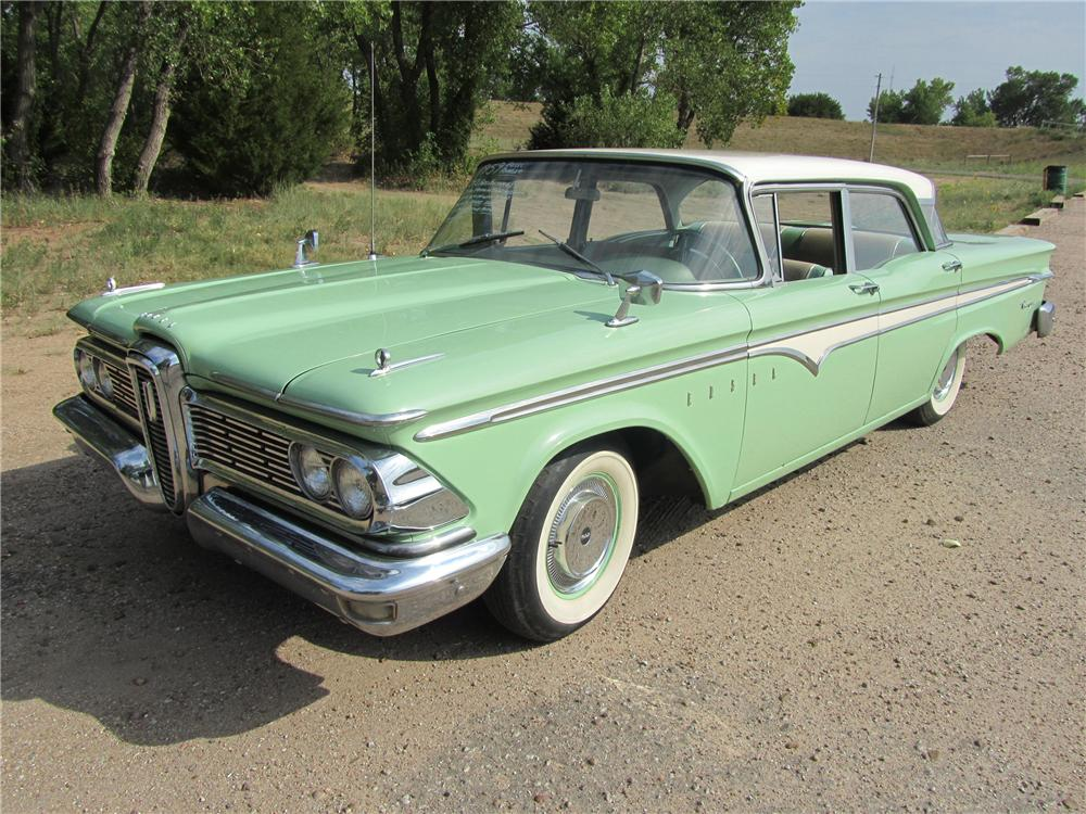 1959 EDSEL RANGER 4 DOOR SEDAN - Front 3/4 - 113201