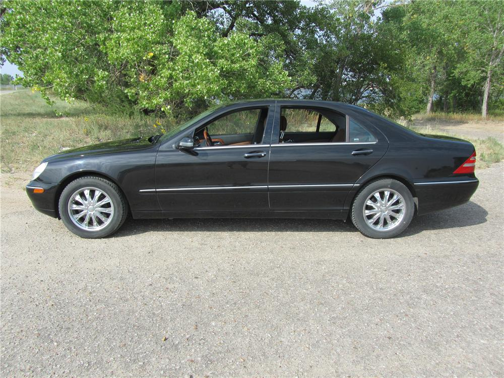 2000 MERCEDES-BENZ S500 4 DOOR SEDAN - Side Profile - 113202