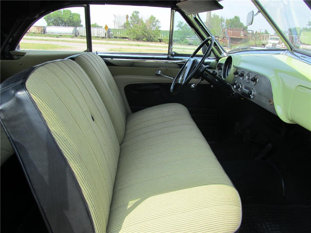 1951 FORD CUSTOM CONVERTIBLE - Interior - 113204