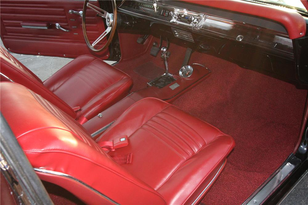 1967 CHEVROLET CHEVELLE CONVERTIBLE - Interior - 113207
