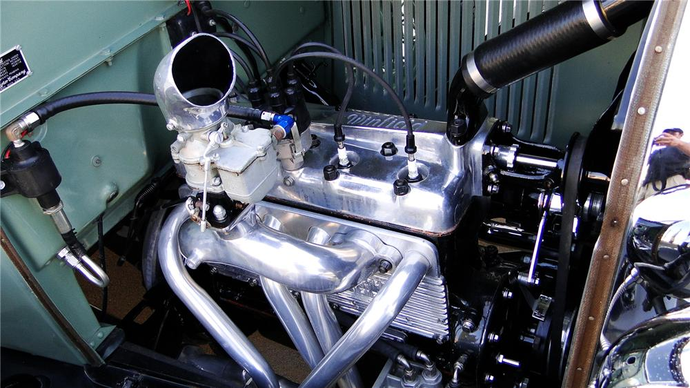 1929 FORD MODEL A CUSTOM ROADSTER - Engine - 113242