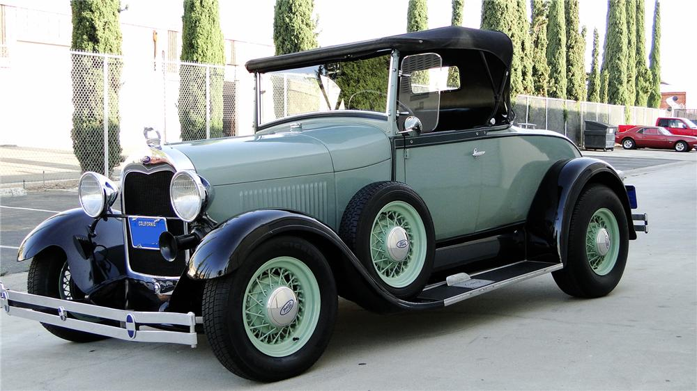 1929 FORD MODEL A CUSTOM ROADSTER - Front 3/4 - 113242