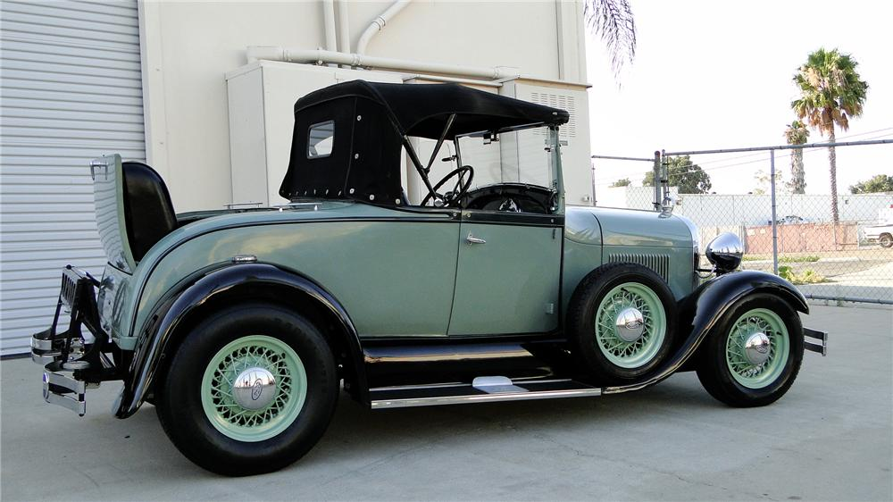 1929 FORD MODEL A CUSTOM ROADSTER - Side Profile - 113242