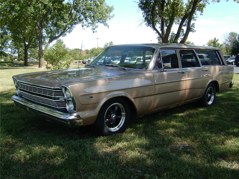 1966 FORD RANCH WAGON 4 DOOR STATION WAGON - Front 3/4 - 113378