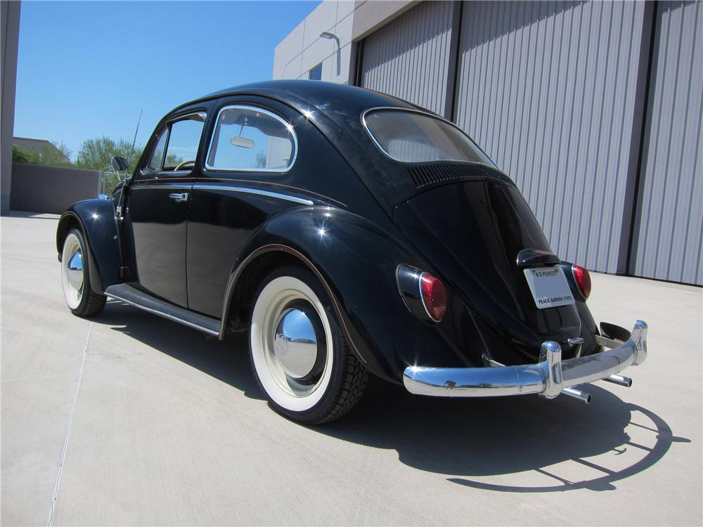 1964 VOLKSWAGEN BEETLE 2 DOOR SEDAN - Rear 3/4 - 113389