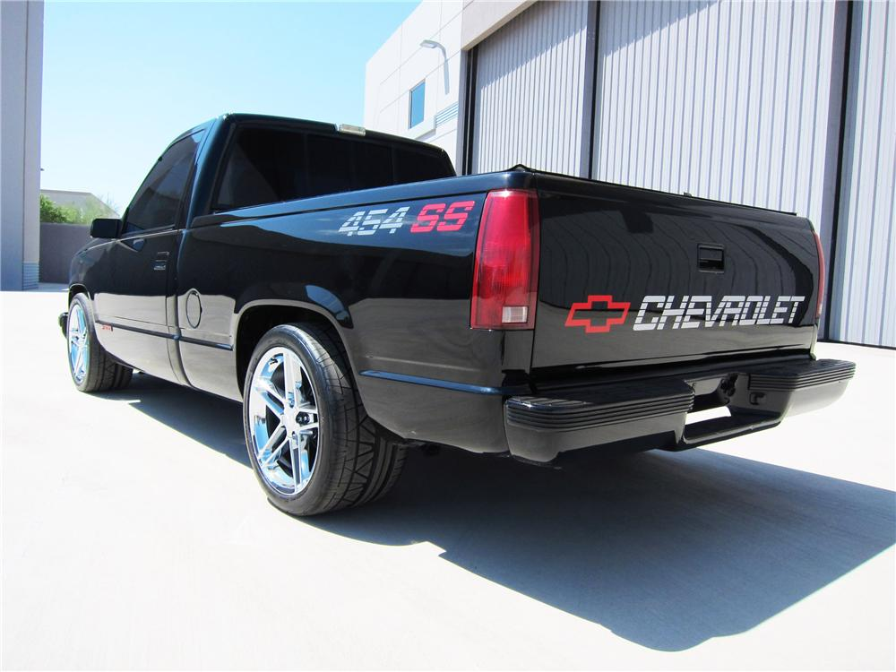 1990 CHEVROLET 454SS CUSTOM PICKUP - Rear 3/4 - 113391