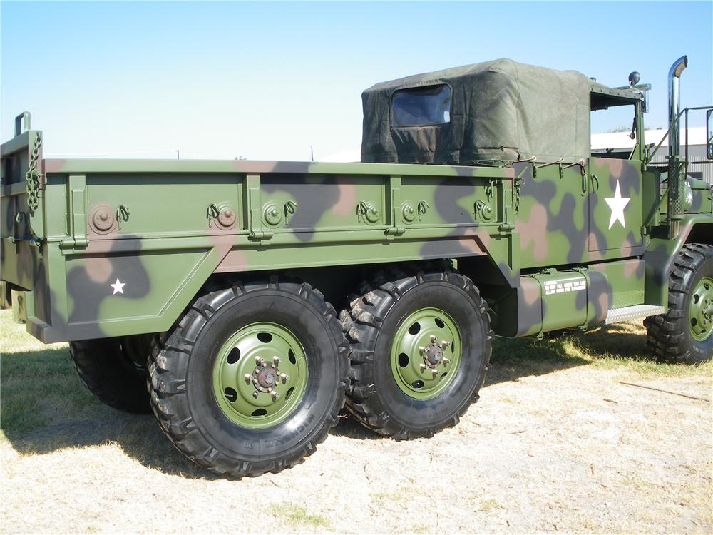 1989 AM GENERAL M35A2C CUSTOM MILITARY CARGO TRUCK - Rear 3/4 - 113415