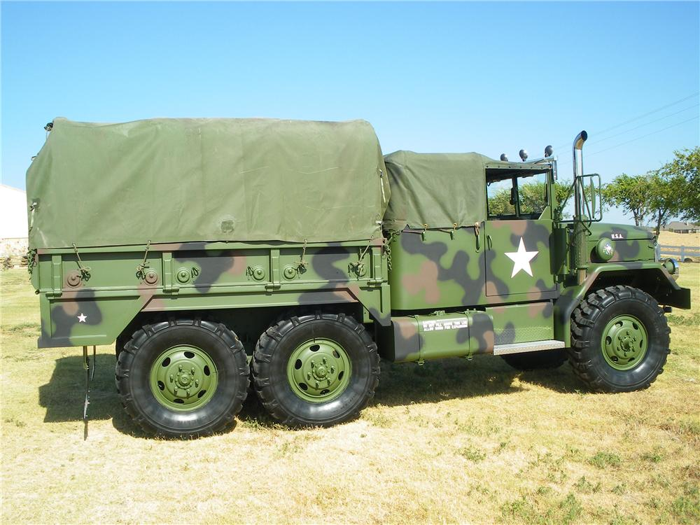 1989 AM GENERAL M35A2C CUSTOM MILITARY CARGO TRUCK - Side Profile - 113415