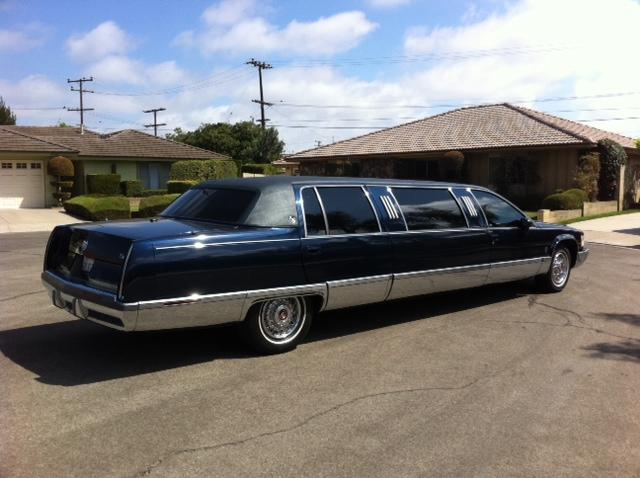 1993 CADILLAC LIMO - Side Profile - 113439