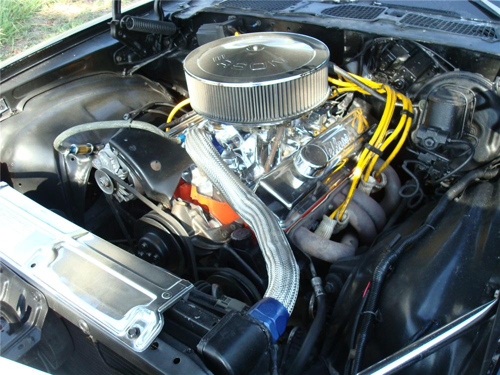 1970 CHEVROLET CAMARO CUSTOM 2 DOOR COUPE - Engine - 113443