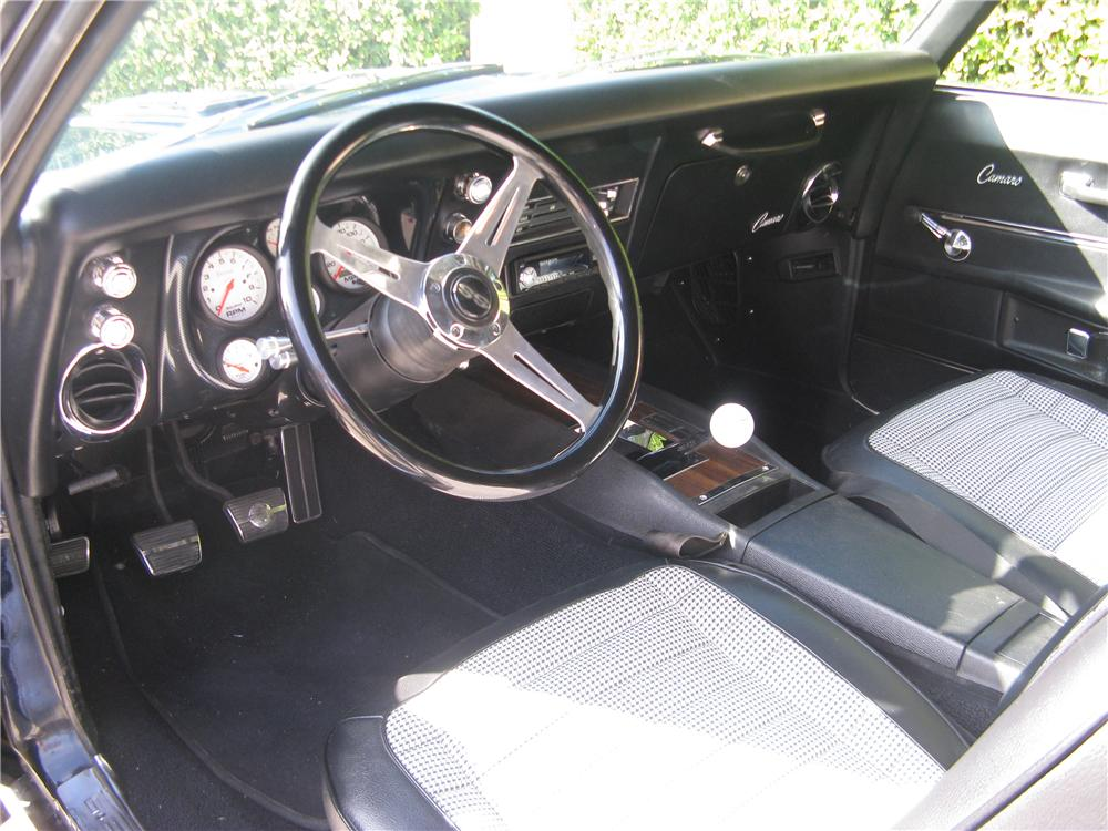 1968 CHEVROLET CAMARO CUSTOM 2 DOOR HARDTOP - Interior - 113449