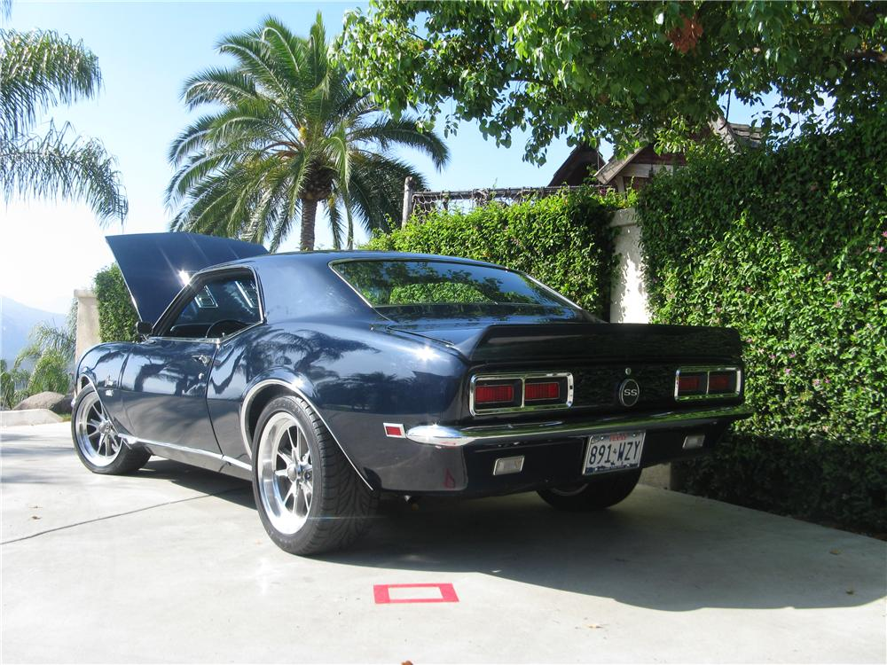 1968 CHEVROLET CAMARO CUSTOM 2 DOOR HARDTOP - Rear 3/4 - 113449