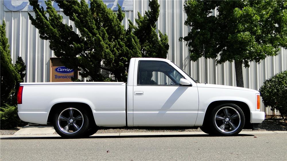 1988 GMC CUSTOM PICKUP - Side Profile - 113460