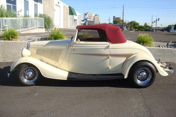 1934 FORD CUSTOM CABRIOLET - Side Profile - 113475